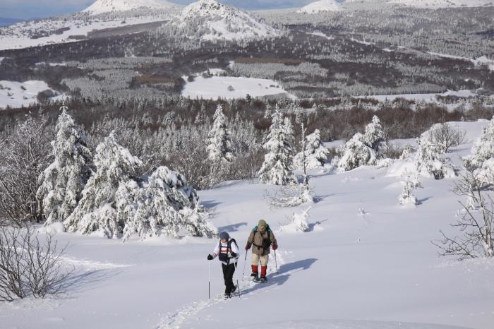 Séjour randonnées raquettes dans la Montagne Ardéchoise