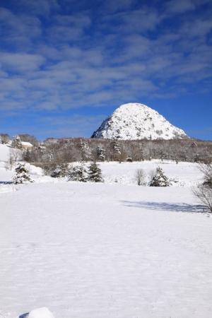 Le Gerbier de Jonc sous la neige © O/Mathis
