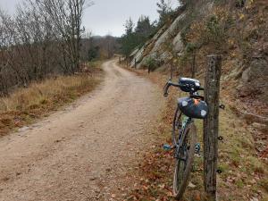 Un itinéraire mixte route/chemins hors des sentiers battus
