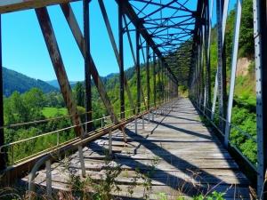 Ancien pont de la voie ferrée © C.Donnou