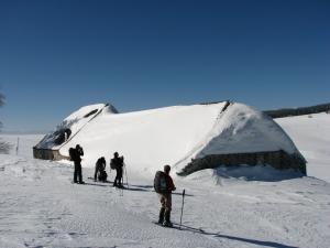 Ferme de la Montagne Ardéchoise sous la neige